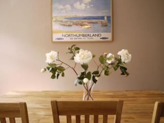 Nice 3 bedroom Apartment in Alnmouth with Internet Access - Alnmouth vacation rentals