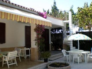 Private property with garden 30m from the beach - Lecce vacation rentals