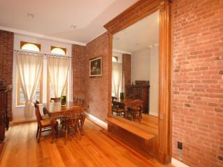 Amazing Garden Duplex, Historic Harlem - New York City vacation rentals