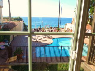 Moonlight 130 Beach Condo, Oceanfront Pool Jacuzzi - Encinitas vacation rentals