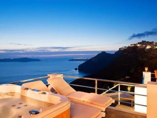 Santorini Stylish Villa with fantastic sea views - Fira vacation rentals