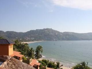 View over Zihuatanejo Bay towards Casa Agave Blue - Spectacular Views of famous - Zihuatanejo - rentals