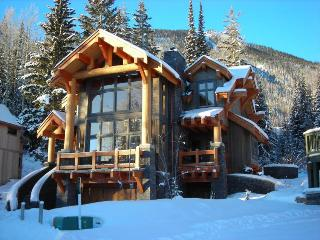 Black Wolf Chalet - Golden vacation rentals