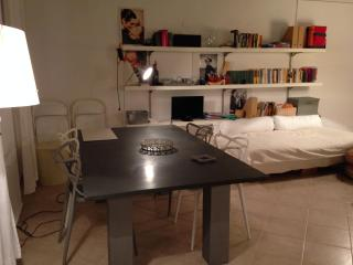 Especial apartment, ceiling fresco, close to beach - Alghero vacation rentals
