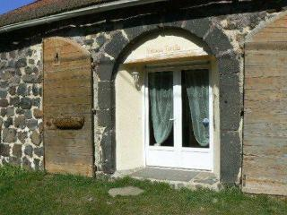 Nice House with Internet Access and Toaster - Le Monastier-sur-Gazeille vacation rentals