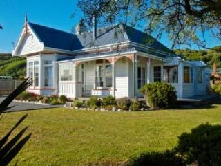 Kaikoura Beachfront Villa - Kaikoura vacation rentals