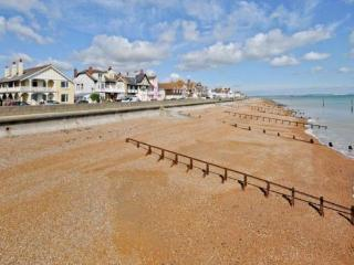 Spacious luxury 3 bedroom seafront apartment - Deal vacation rentals