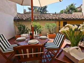 Trainquil 2 Bedroom Apartment with Terrace in Florence - Lastra a Signa vacation rentals