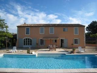 Spacious 4 Bedroom Aix En Provence Villa Holiday Rental - Aix-en-Provence vacation rentals