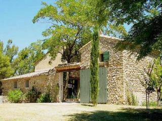 Provence Villa with a Private Pool, Fireplace, and Balcony - Vaucluse vacation rentals