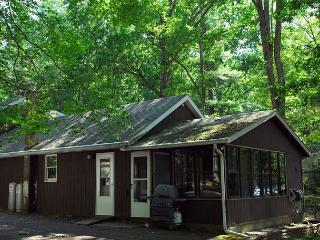 Harmony Retreat - McHenry vacation rentals
