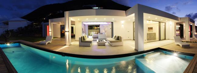 Contemperary styled 2 bedroom villa at Orient Bay - Image 1 - Orient Bay - rentals