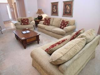 WHH4P140RD 4 Bedroom Villa Pet Friendly in Gated Community - Davenport vacation rentals