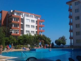 Fab 1 Bed BeachFront Apt Ravda Nessebar Bulgaria - Ravda vacation rentals