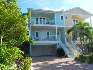 Casa Playa Luxury 4 bedroom beach to bay home - Bradenton Beach vacation rentals
