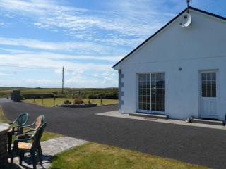 """Achill View"" Luxury Bungalow - Belmullet vacation rentals"