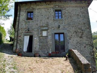 Ponte Romano for 4 - Castelnovo ne' Monti vacation rentals
