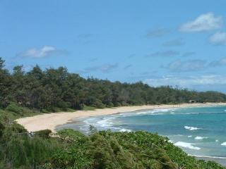 LARGE BEACHFRONT 5 Bedroom sleeps 16 + ! - Laie vacation rentals