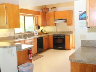 Perfect 5 bedroom House in Laie - Laie vacation rentals