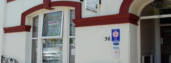 Welcome to the Haute Epine Guest House - Haute Epine Guest House In Torquay. Home From Home - Torquay - rentals