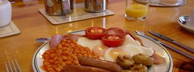 Enjoy our delicious breakfasts - Haute Epine Guest House In Torquay. Home From Home - Torquay - rentals