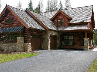 Stunning Sandpoint Lodge Home at the Idaho Club, close to town! - Sandpoint vacation rentals