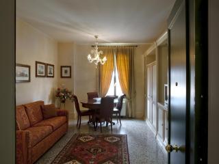 Venice Apartment Giudecca 1 Bedroom Apts Larg Bath - Venice vacation rentals