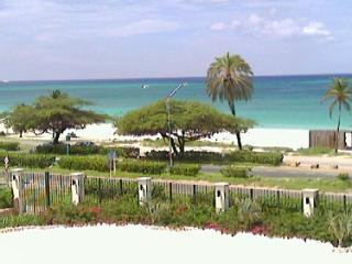 Deluxe One-Bedroom condo - E323-2 - Eagle Beach vacation rentals