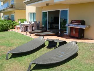 Ocean Extravaganza Three-bedroom condo - E121 - Eagle Beach vacation rentals