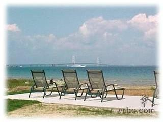 Perfect House with Deck and Internet Access - Mackinaw City vacation rentals