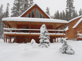 New 2008 built Echo Lake / Sierra at Tahoe Chalet - South Tahoe vacation rentals