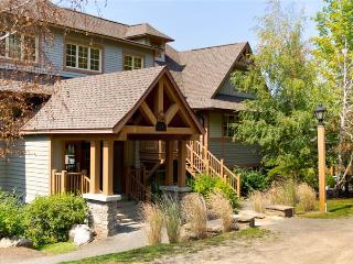 Mont Tremblant 3 BR/2 BA House (Les Falaises 138-11) - Mont Tremblant vacation rentals