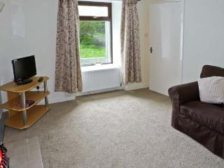 LAG-UAINE, pet friendly, with a garden in Staffin, Isle Of Skye, Ref 5436 - Staffin vacation rentals