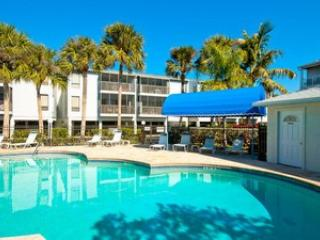 Pool - Sandy Point Unit 208 - Holmes Beach - rentals