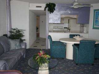 Great one bedroom ocean front condo - Ocean City vacation rentals