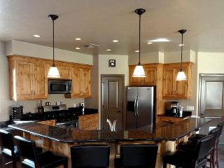 4 Bdrm Vacation Home bordering Zion National Park - Springdale vacation rentals