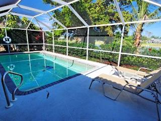 Gorgeous House with Dishwasher and A/C - Naples vacation rentals