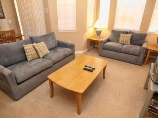 TR2C811TRC 2BR Condo with High Speed Internet - Davenport vacation rentals