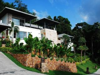 Luxury Villa stunning views - 30% off April - June - Surat Thani Province vacation rentals