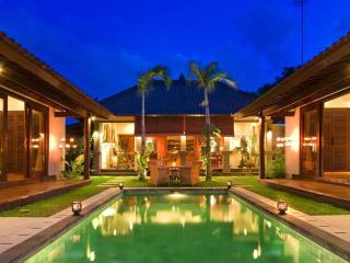 4 Bedrooms Luxury Villa in Seminyak, BALI - Seminyak vacation rentals