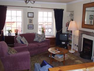 Candlemaker Row - Edinburgh vacation rentals