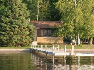 Ideal Location on Level, Sandy Shore of Gull Lake - Nisswa vacation rentals