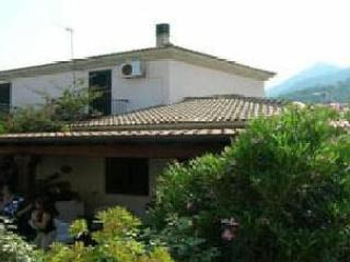 Lovely San Teodoro House rental with Porch - San Teodoro vacation rentals