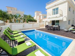 Oceanview Villa 024 - 4 bed on a popular complex - Famagusta vacation rentals