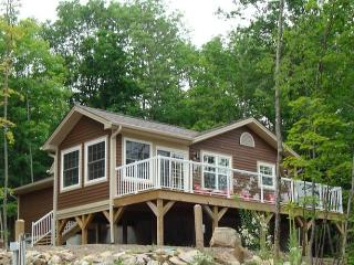 Beautiful cottage  at Blue Water Acres Resort - Huntsville vacation rentals