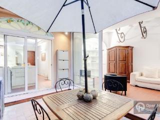 Retrome Monti:  Gracious apt in trendiest area - Rome vacation rentals