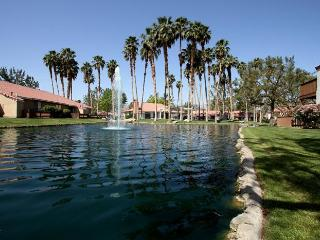 View Lakefront Location WiFi PetsOK - Palm Desert vacation rentals