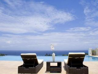 Ocean view Hanover Grange at Tryall Club is fully staffed with infinity edge pool - Montego Bay vacation rentals