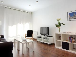 Lesseps apartment - Barcelona vacation rentals