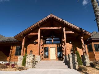 The White River Inn /A luxury lodge and B@B - Cotter vacation rentals